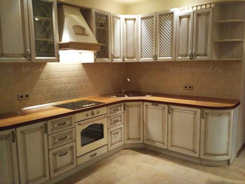 кухни классика светлые фото
