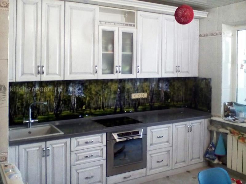 Кухня из массива белая