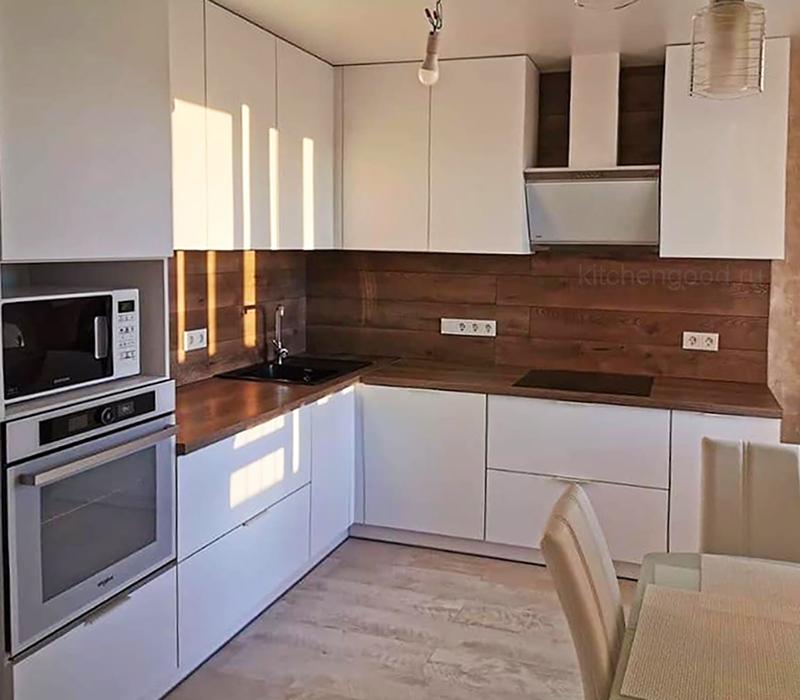 Угловая кухня белый глянец